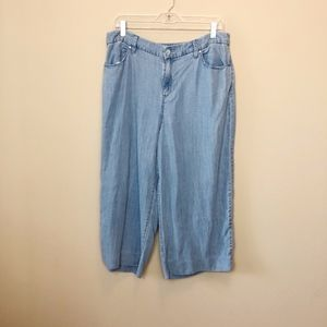 Chico's Platinum Collection Chambray Crop - 1.5